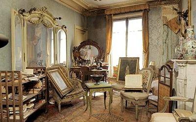 Antiques_1731890c1-1